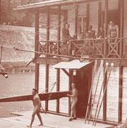 Barcone sul Tevere del DLF Roma negli anni '40